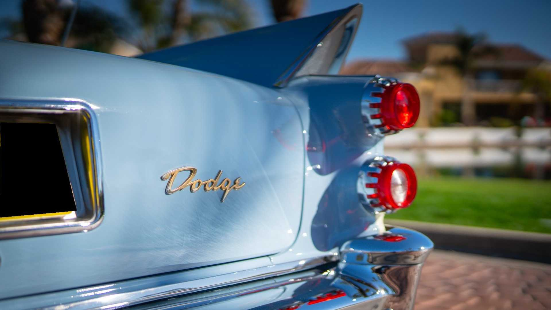 "[""Check Out This Fintastic 1958 Dodge Royal Lancer""]"