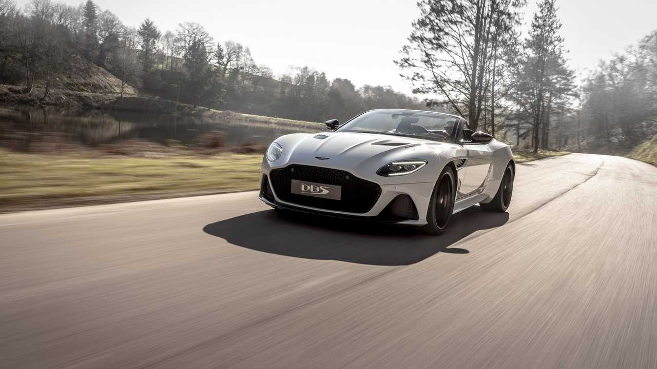 Aston Martin DBS Superleggera Flyer