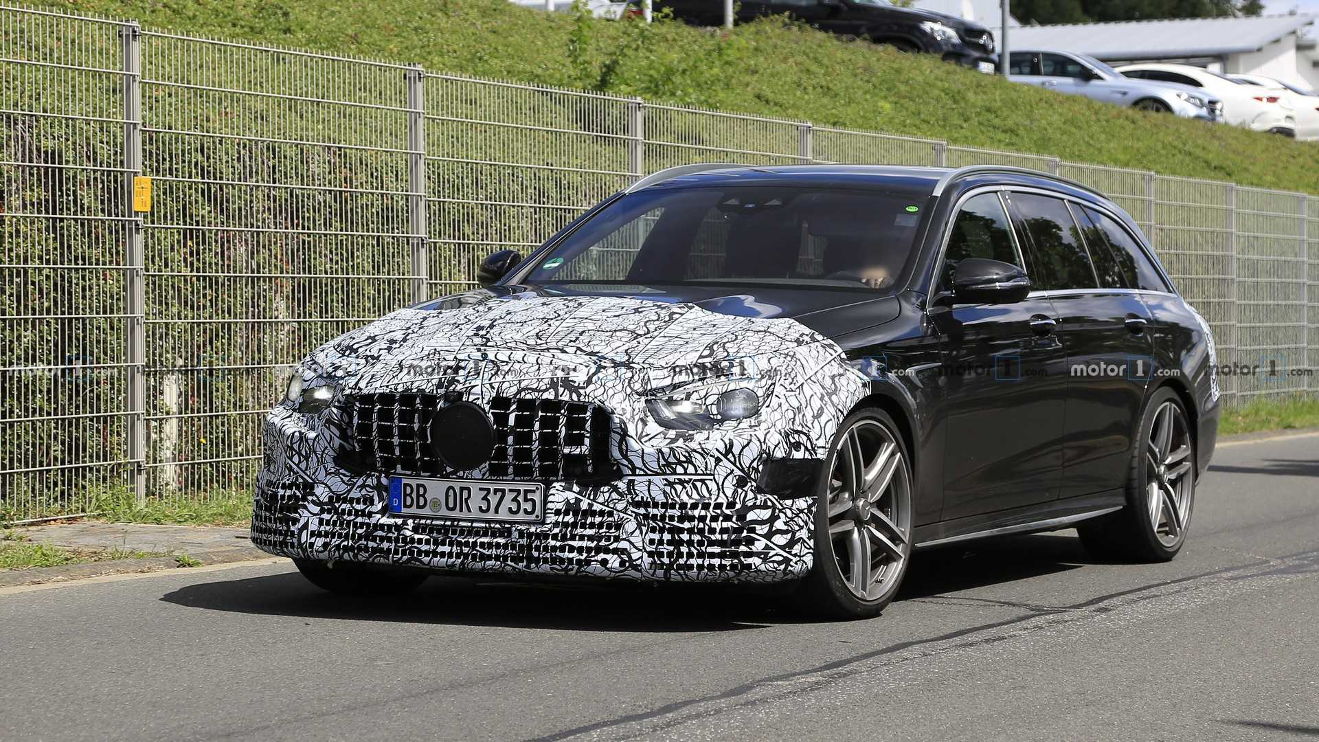 Best Wagons 2020.Mercedes Amg E63 Wagon Facelift Caught With Front Rear Updates