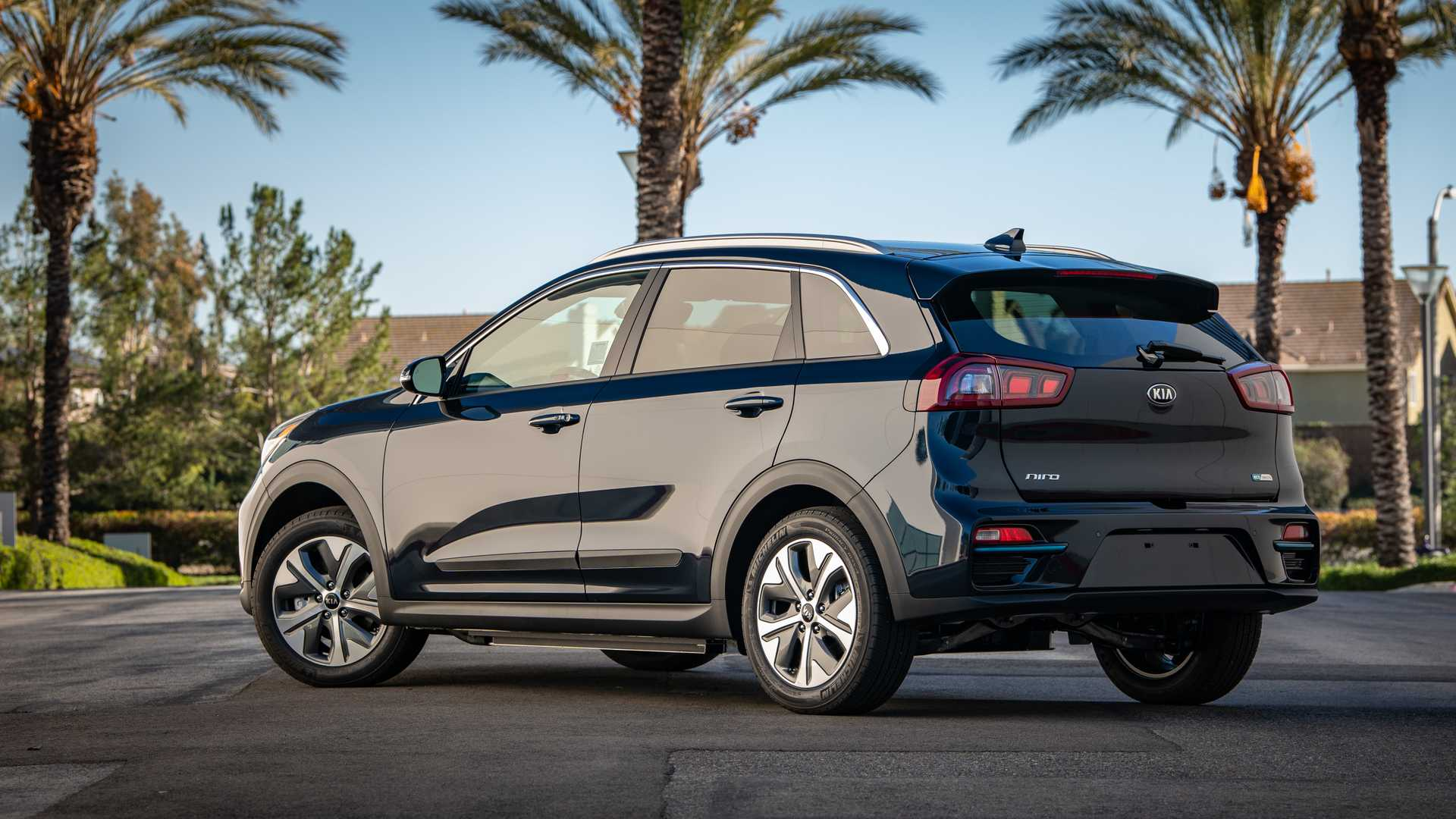 Popular Mechanics Declares Kia Niro EV Its Car Of The Year
