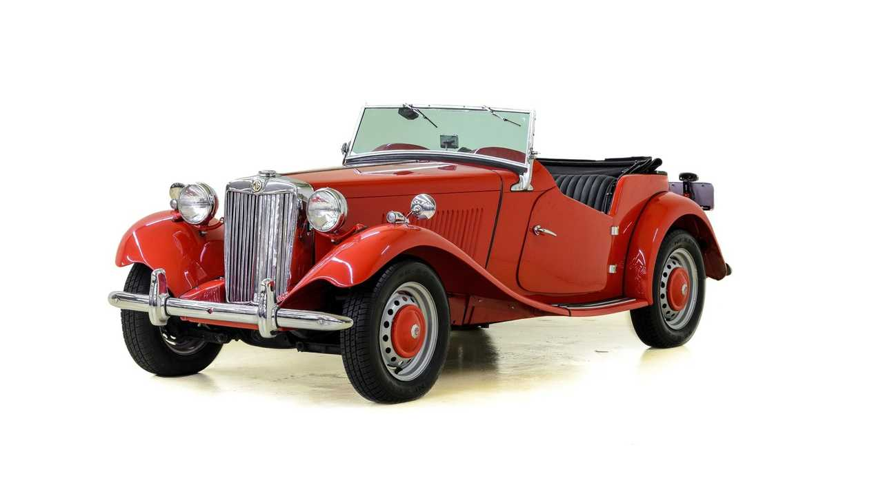 1952 MG TD Roadster: The English Sports Car