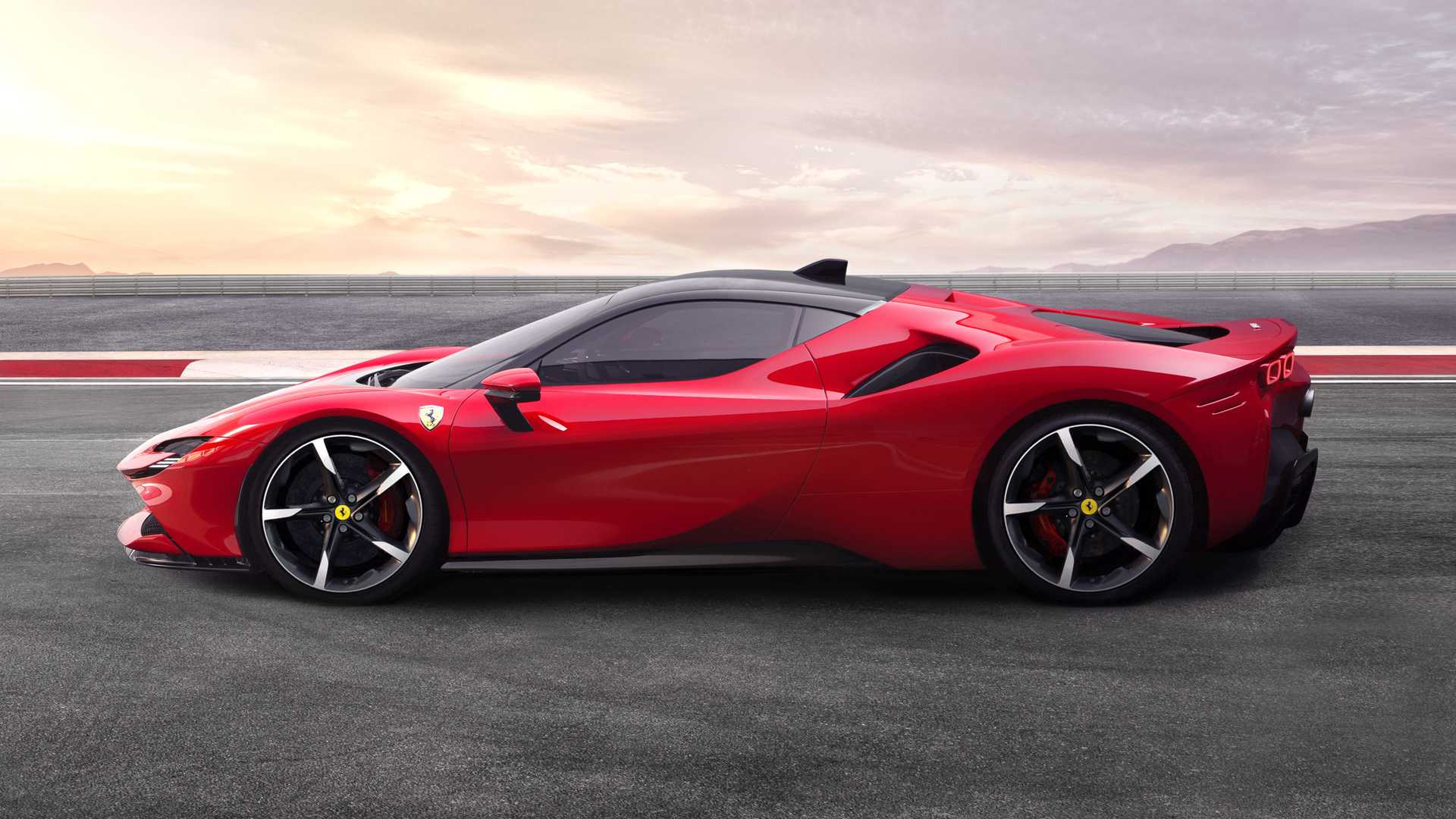 Ferrari Won T Launch A Dedicated Ev Supercar Until After 2025