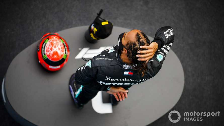 Hamilton 'humbled' by Schumacher's family's gift
