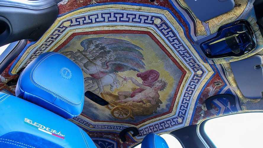 L'Alfa Romeo Giulia con gli affreschi si noleggia a 60 euro al giorno