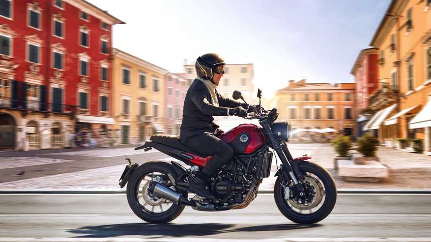 2021 Benelli Leoncino 500 Scrambler Finally Launches In U.S.
