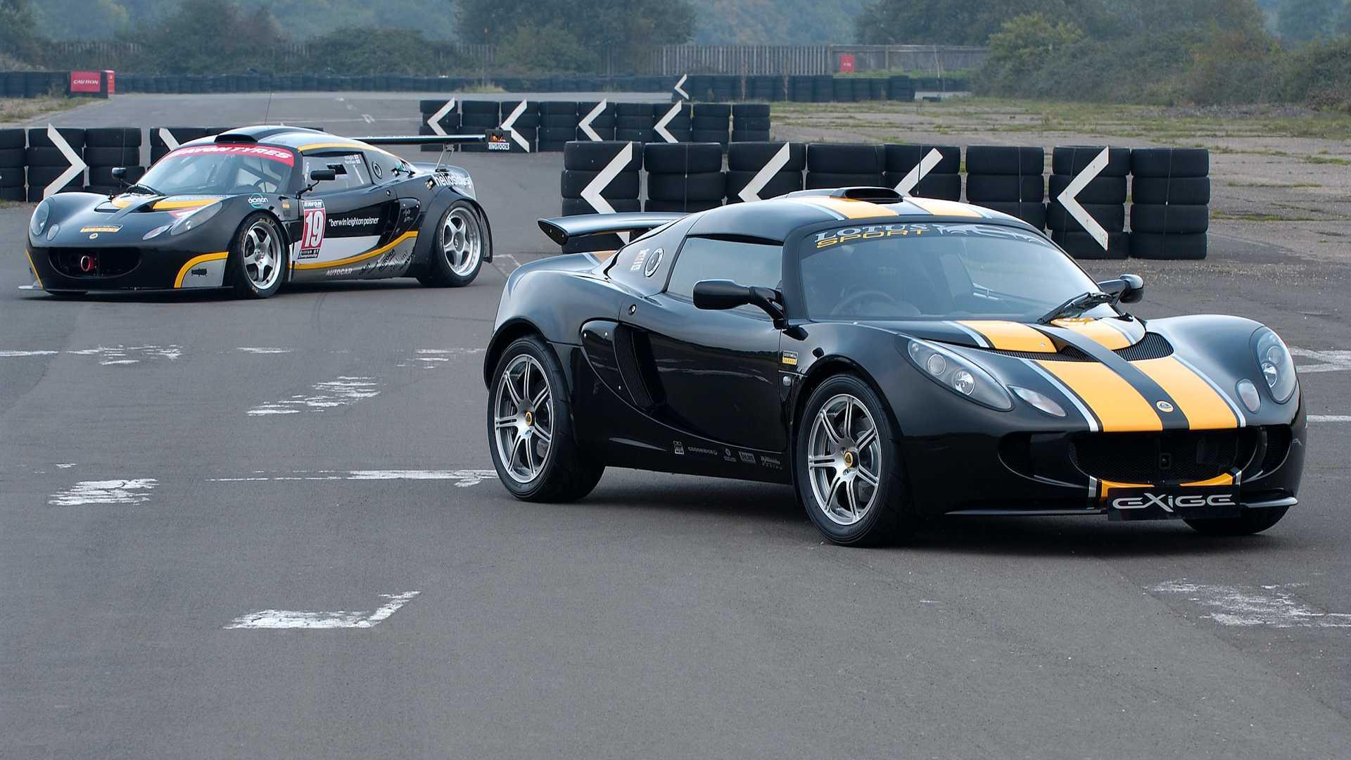 McLaren 675LT, Lotus Exige V6 Club Racer ile kozlarını paylaşıyor