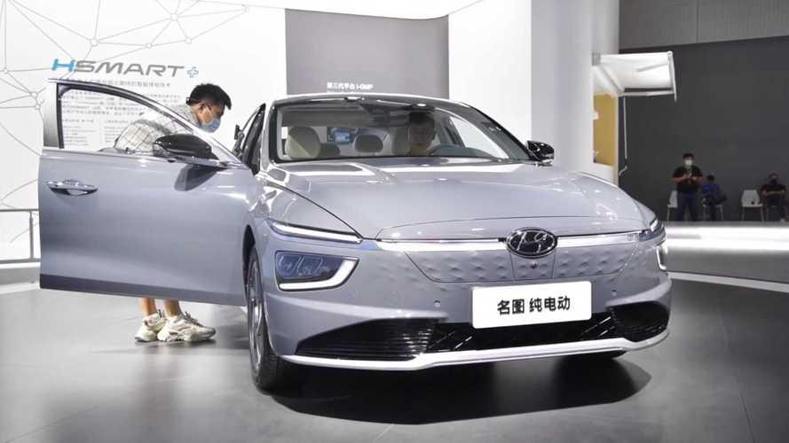Седан Hyundai Mistra сменил поколение и стал электромобилем