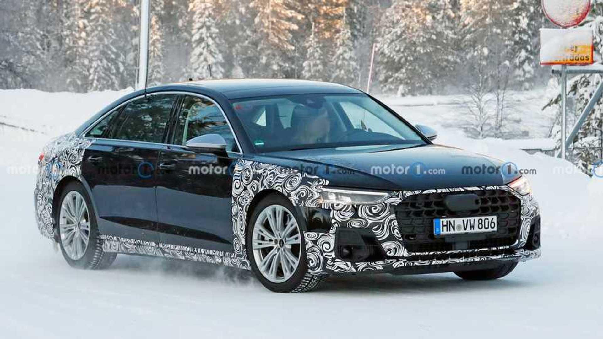 Audi S8 2022 года: шпионские насадки на выхлопные системы Sporting Quad, небольшой камуфляж