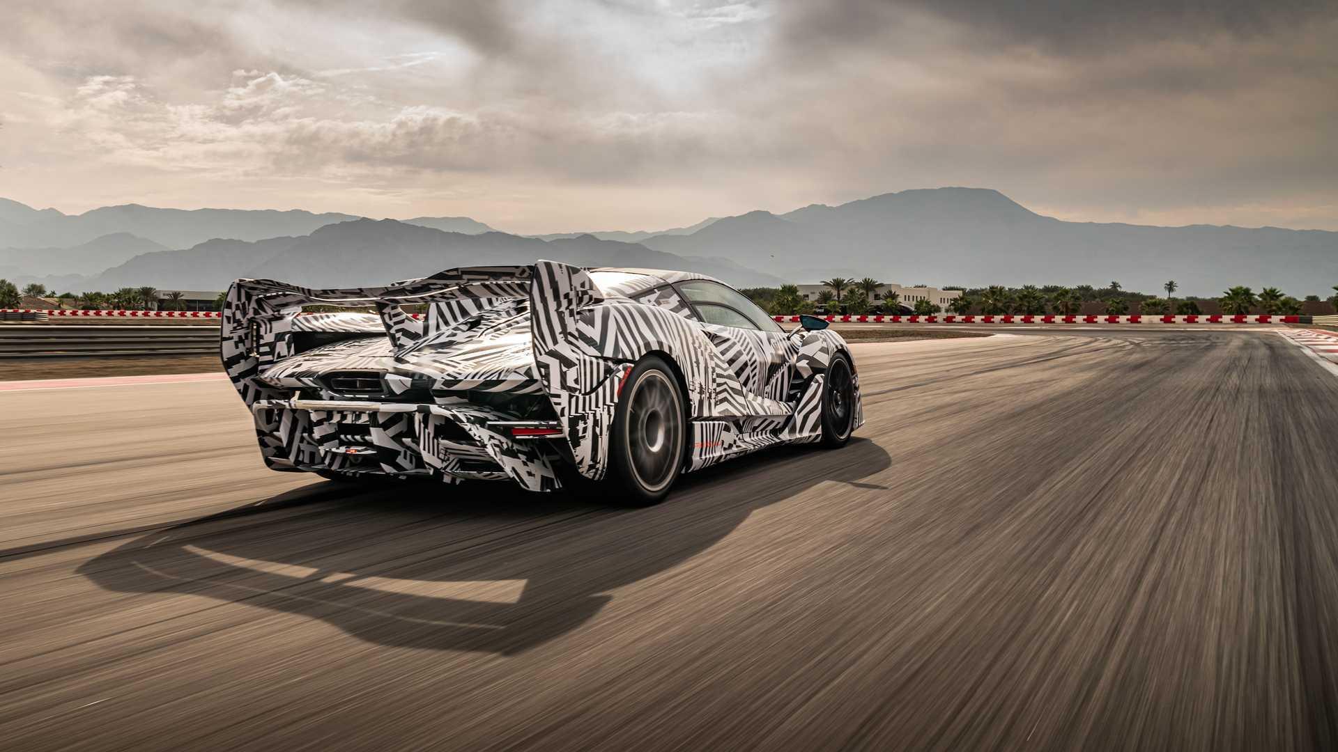 2021 McLaren Sabre On Track