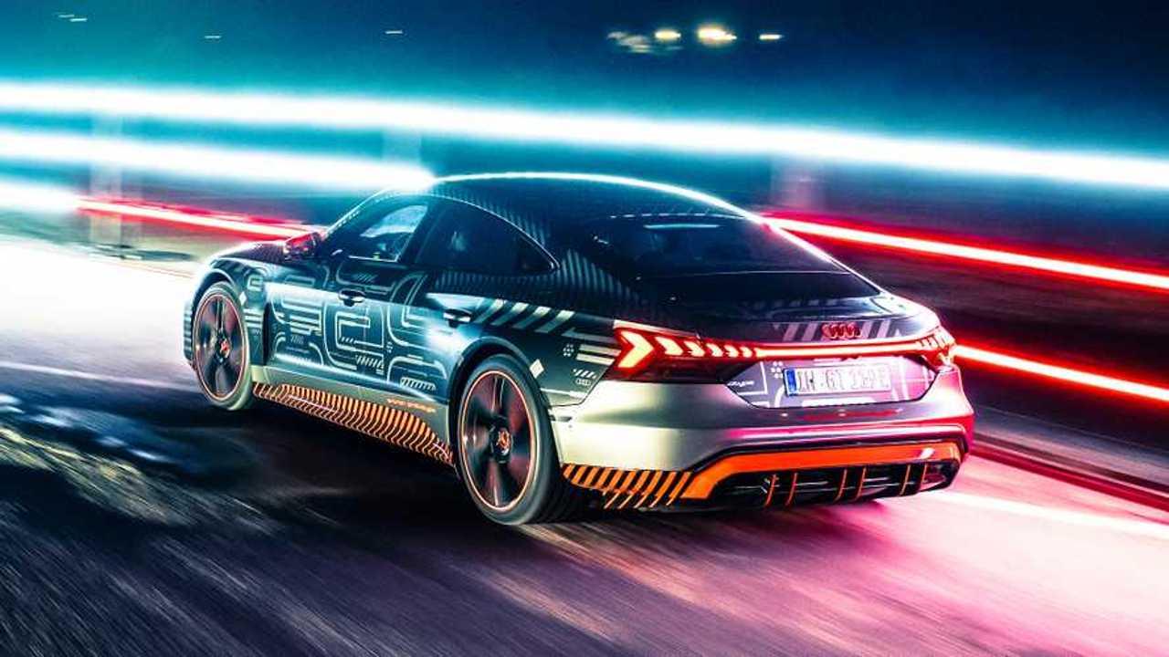 Audi e-tron GT di Babbo Natale