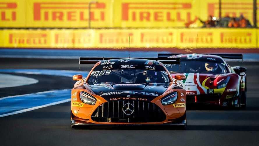 Дуэль на скорости под 300 км/ч: видео с гонки Гран-Туризмо