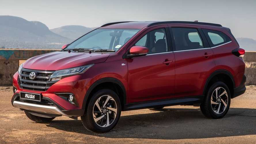¿Comprarías el Toyota Rush, como alternativa al C-HR, por 12.000 euros?