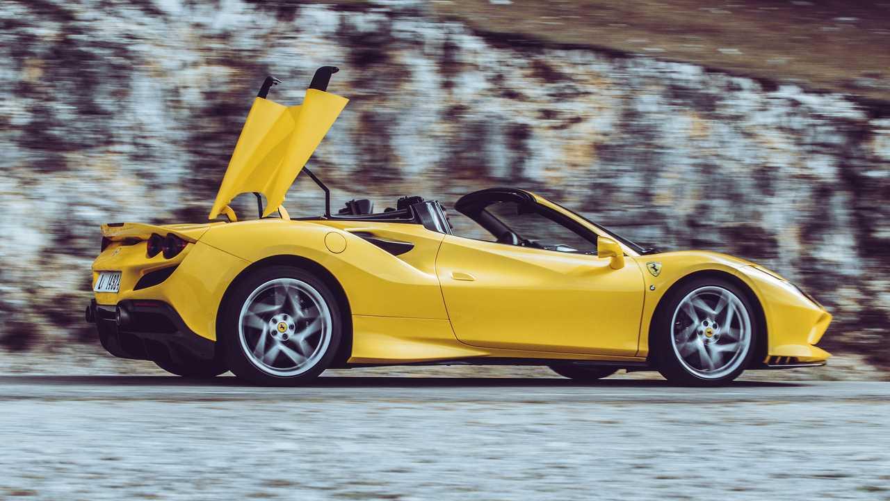 Ferrari F8 Spider Im Videotest Eine änderung Des Blickwinkels