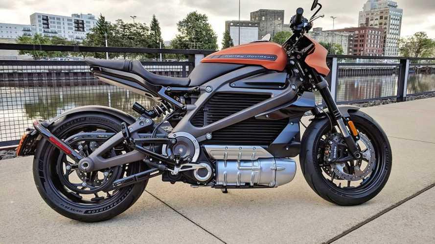 Harley-Davidson mostra versão de produção da elétrica LiveWire