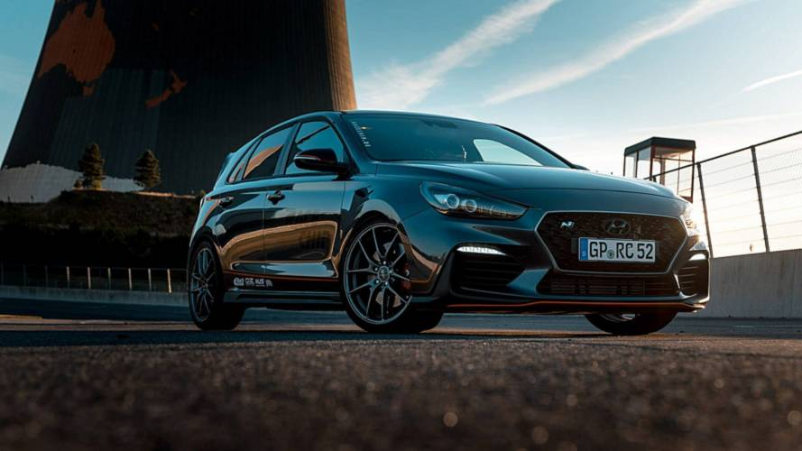 Tuned Hyundai i30 N With 316 HP Is A VW Golf GTI Slayer