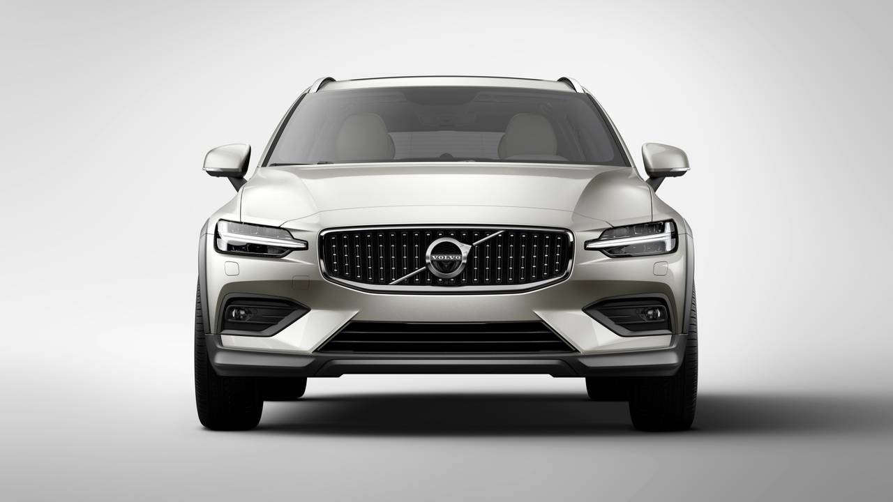 Volvo V60 Vs. V60 Cross Country: Side-By-Side