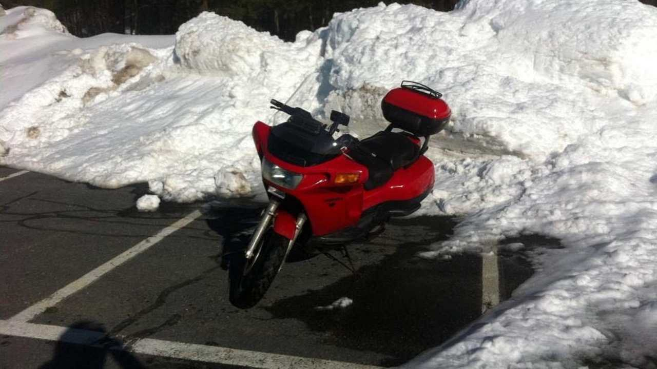 Honda PC800 In Snow