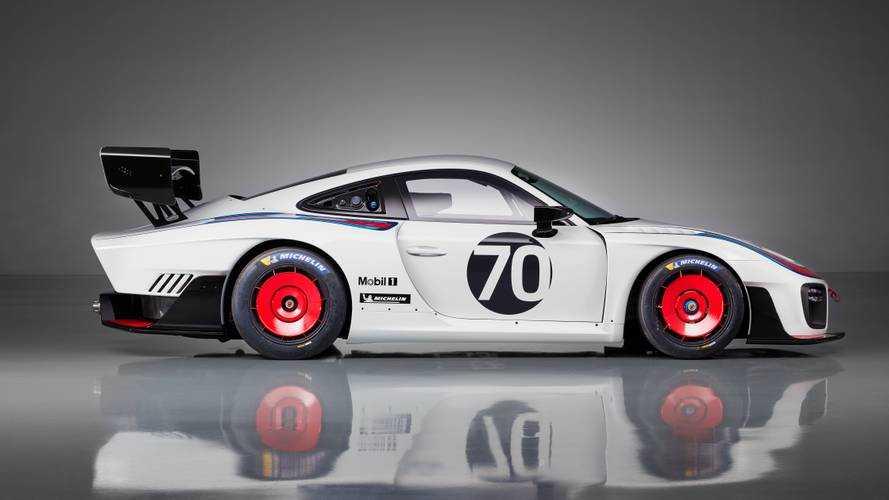 Porsche 935, a volte ritornano