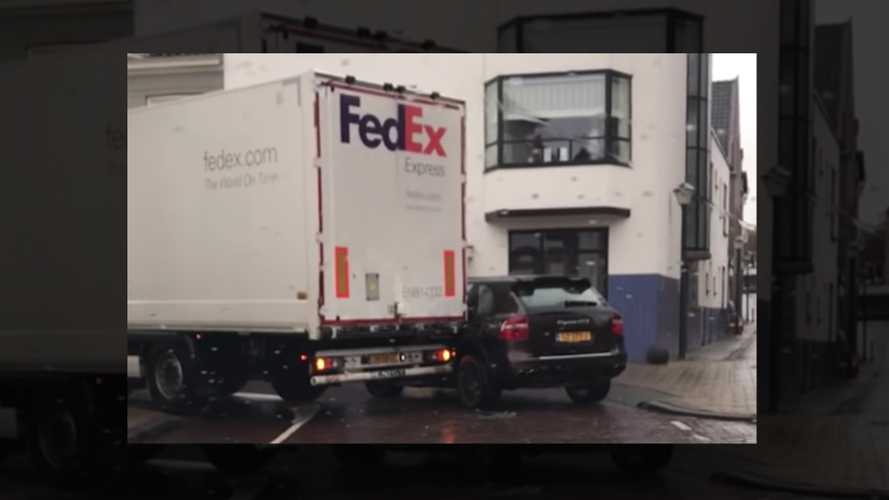 Watch FedEx truck damage badly-parked Porsche Cayenne