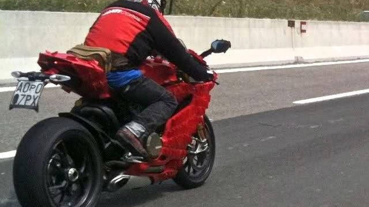 Ducati 1199 spied on the road