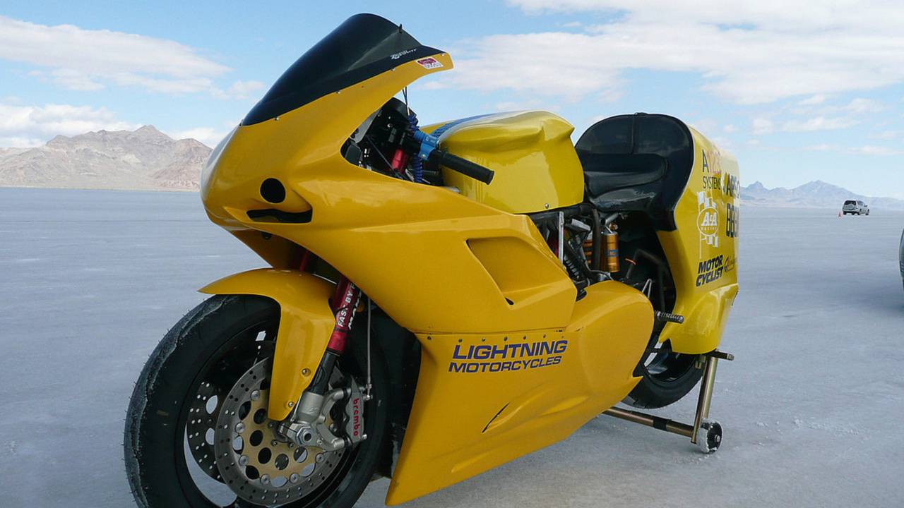 Lightning Motorcycles sets 173mph electric speed record, MotoCzysz close behind
