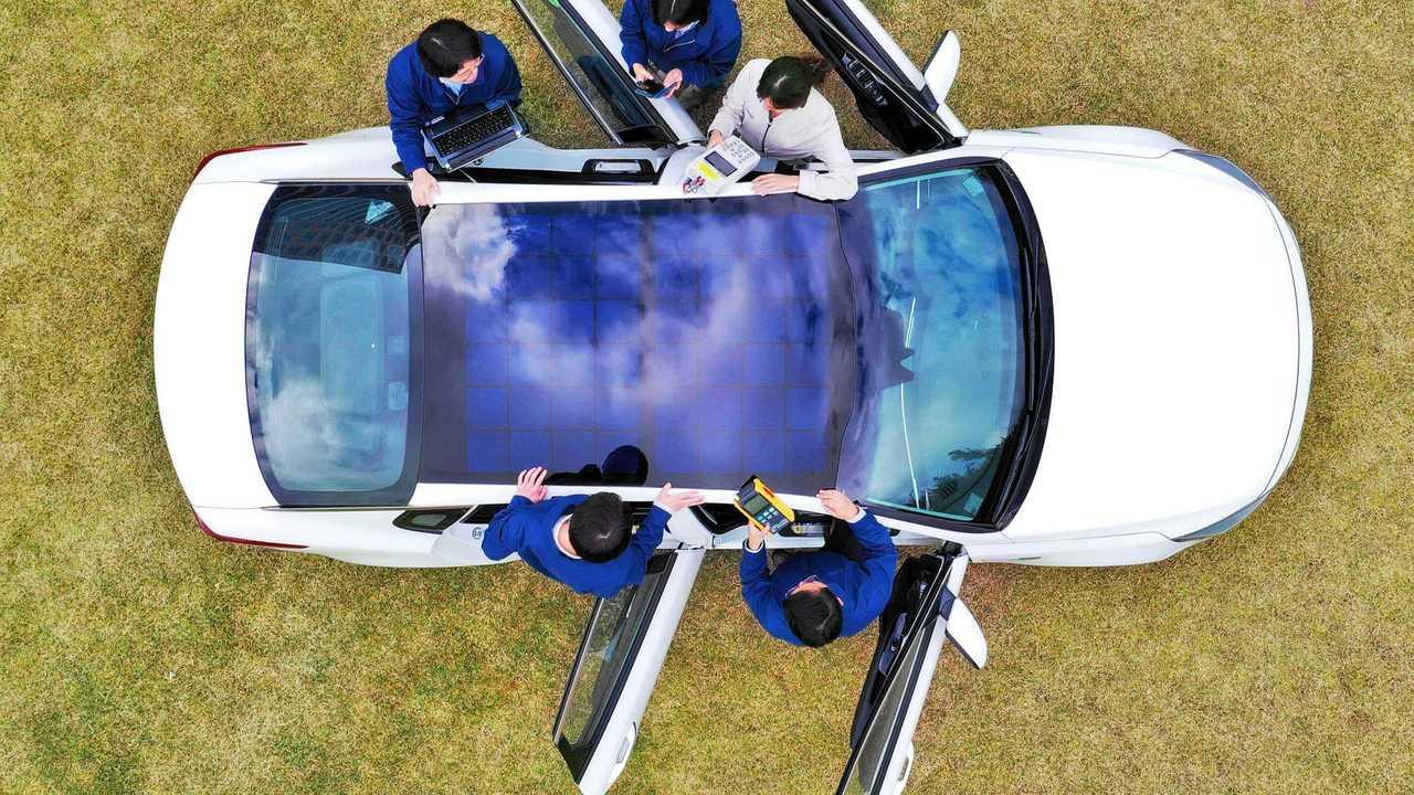 Hyundai tetto pannelli solari