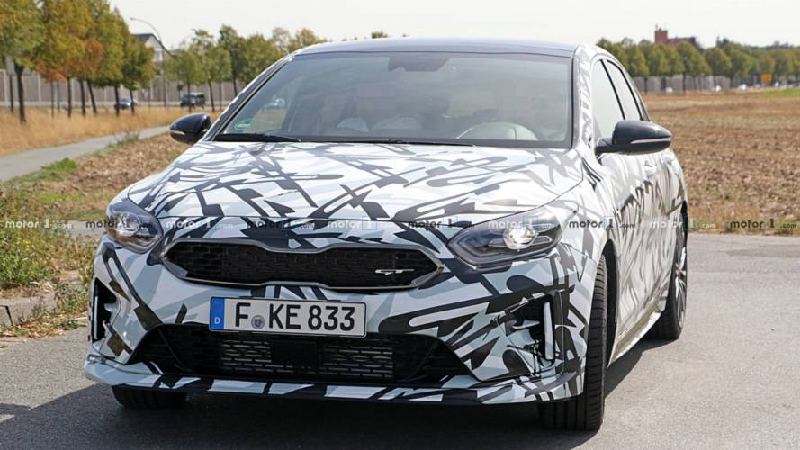 2019 Kia Proceed GT new spy shots
