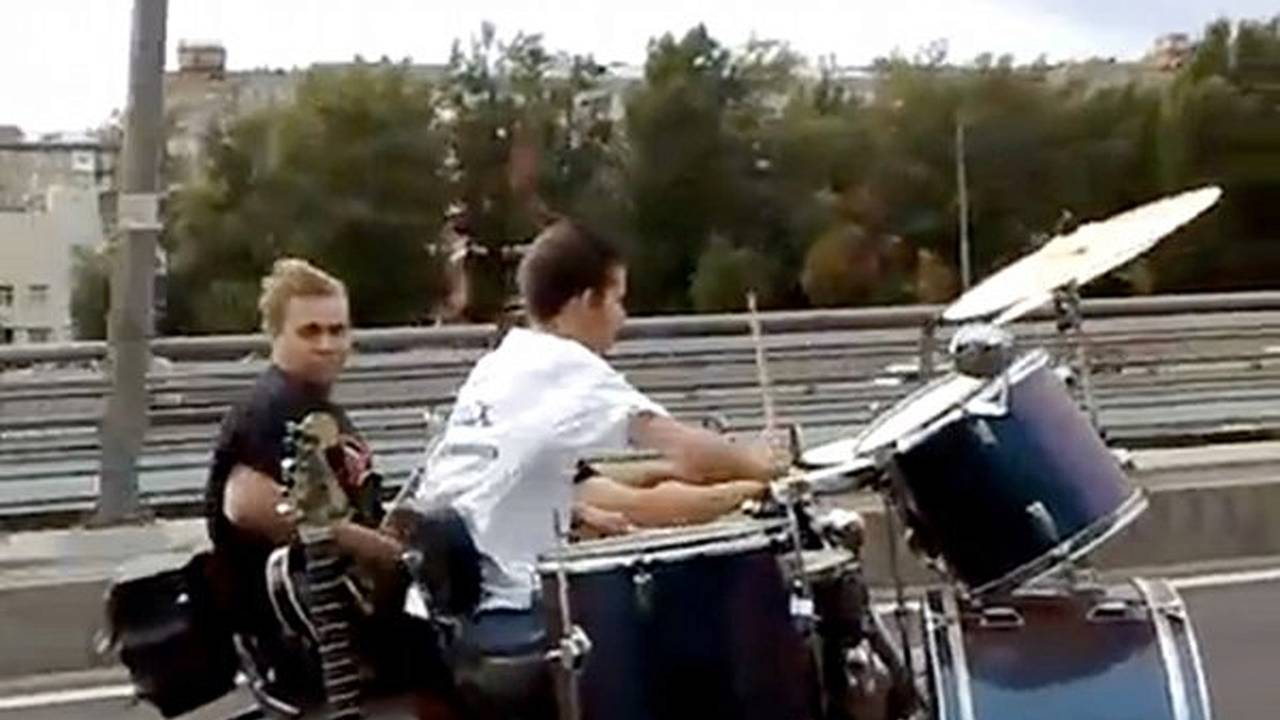In Russia, motorcyclists play metal
