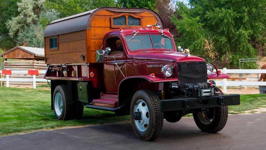 2. Dünya Savaşı'ndan kalma bu Chevy modeli satışta