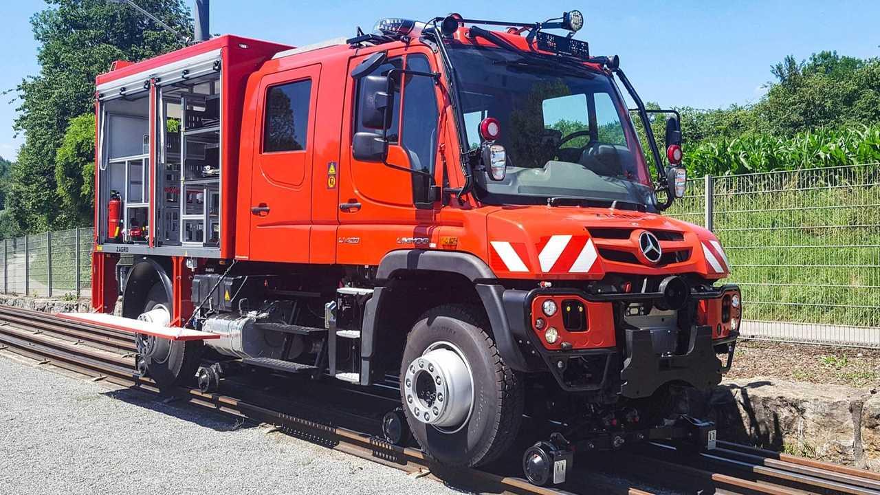 Mercedes-Benz Unimog Rail
