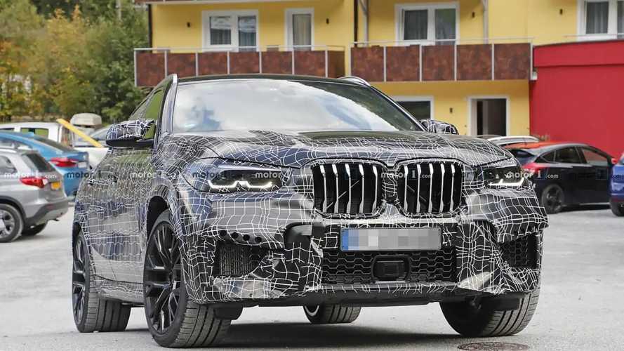 Le BMW X6 M rode... mais reste camouflé