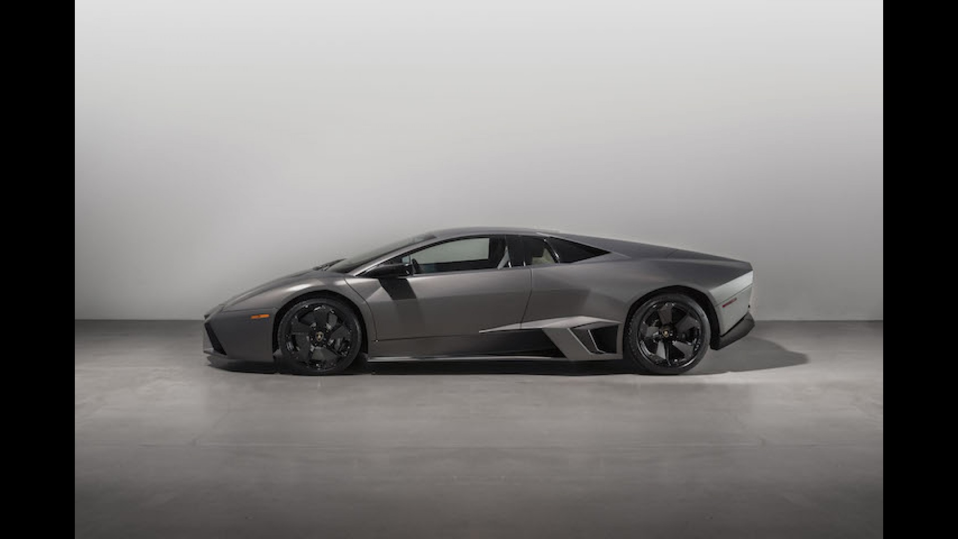 Rare Lamborghini Reventon Hitting the Auction Block at $1.2 Million