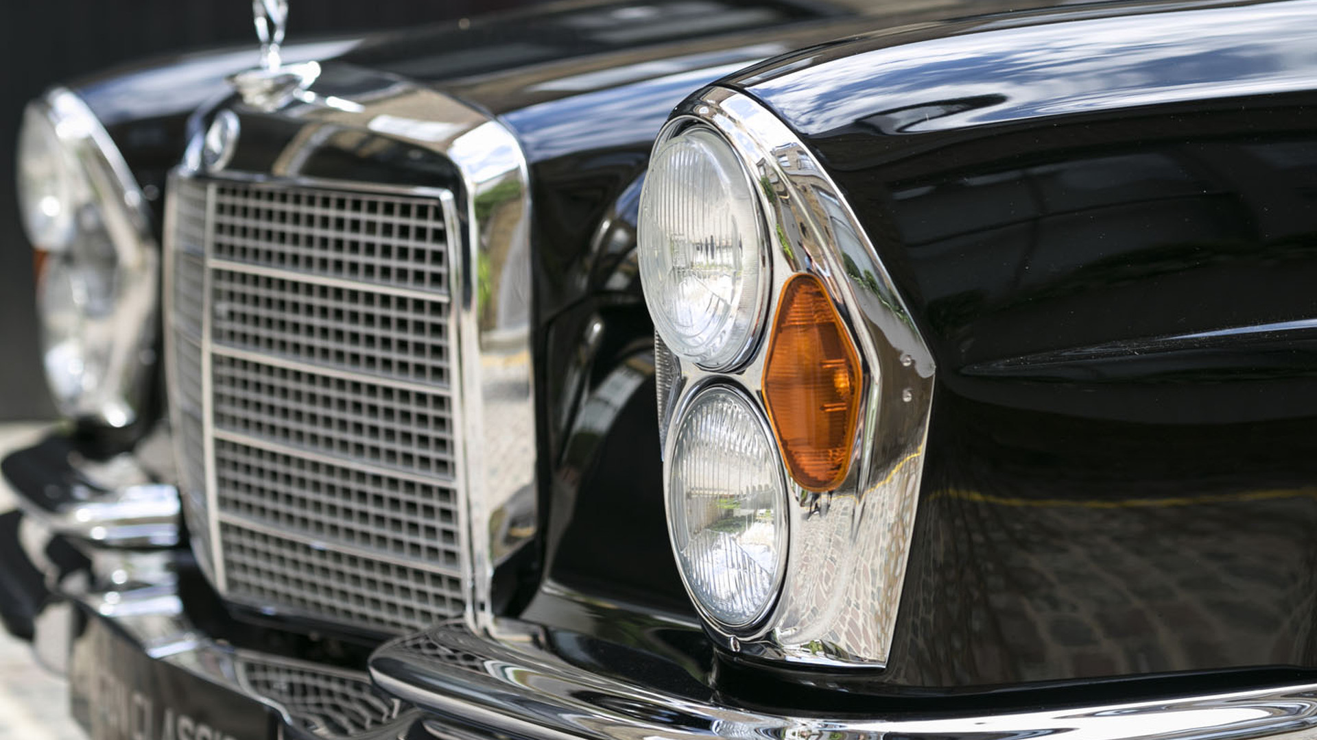 Rare and lovely RHD 1970 Mercedes 280 SE 3 5 Cabriolet for sale