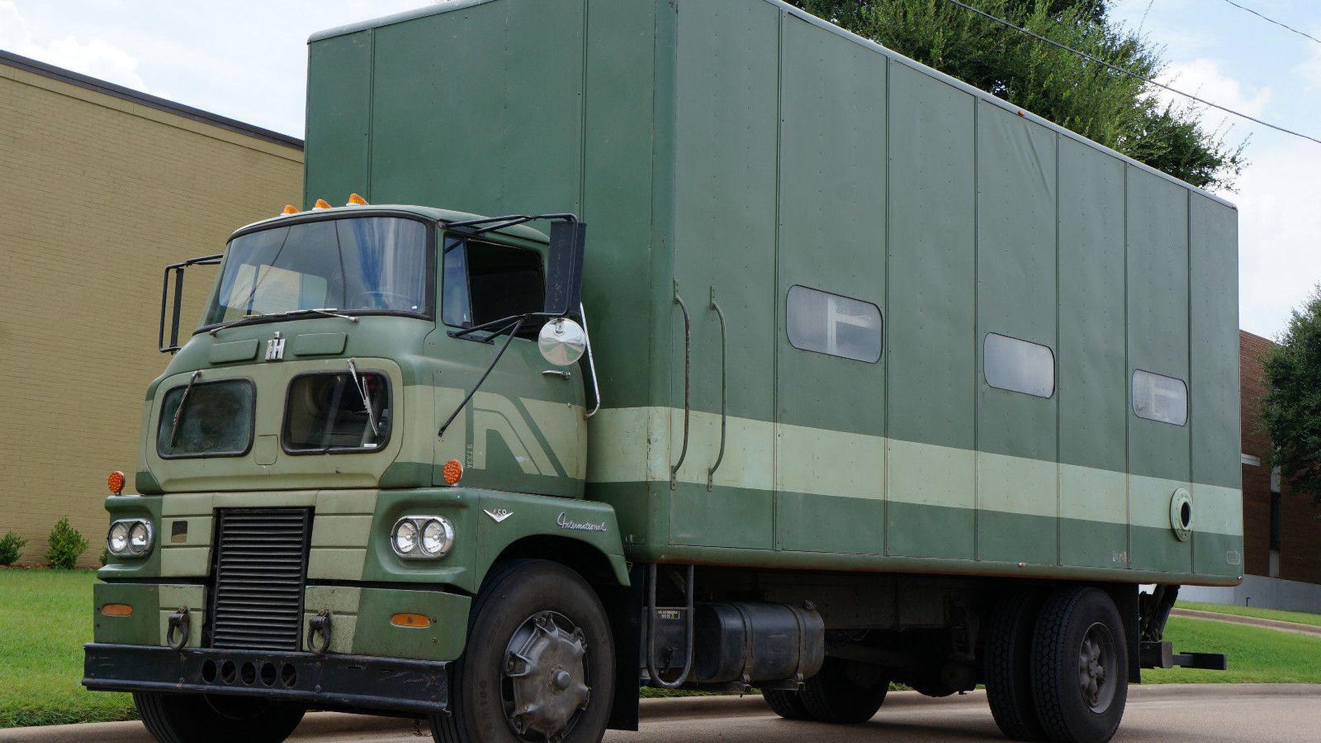 Real steel international truck