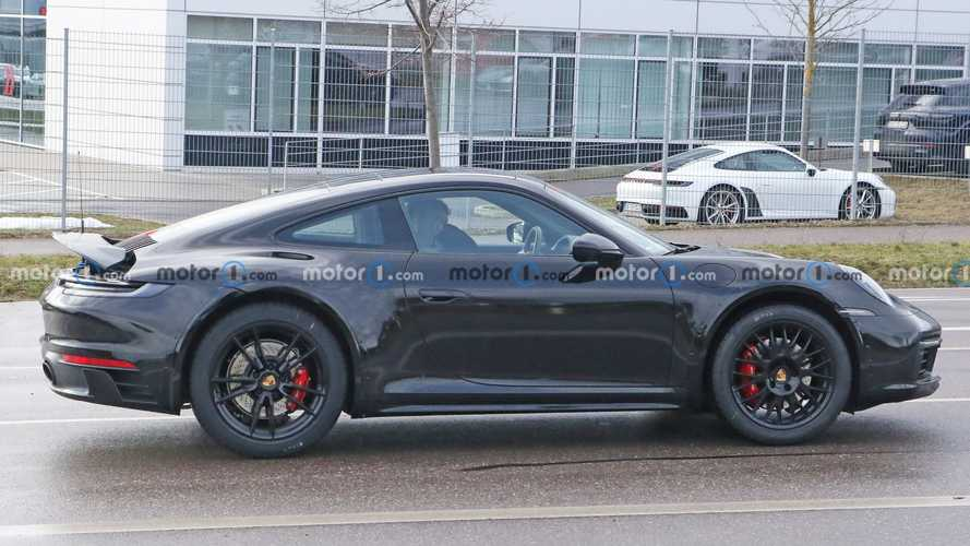 Wicked Porsche 911 prototype spied riding high could be the Safari
