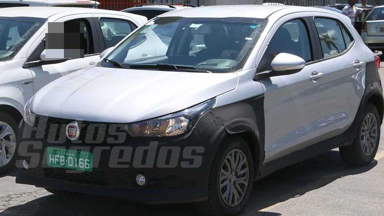 Fiat Argo aventureiro - Flagra