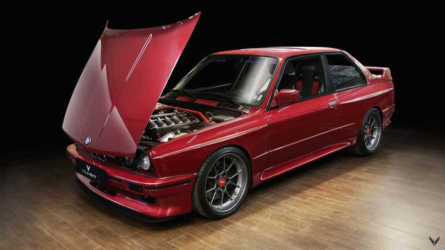 Classic BMW M3 dressed in tartan never looked so good