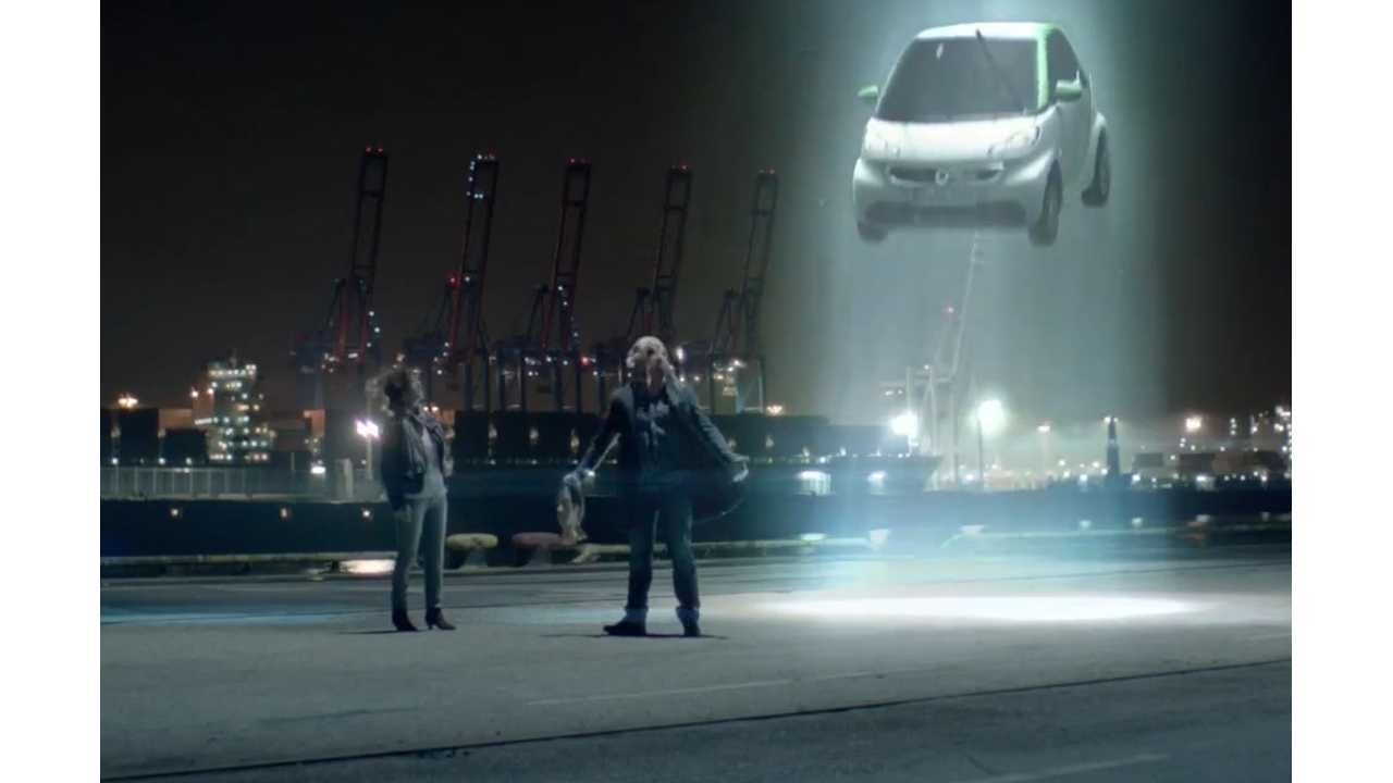Aliens Head Over To Smart To Advertise The New ForTwo Electric