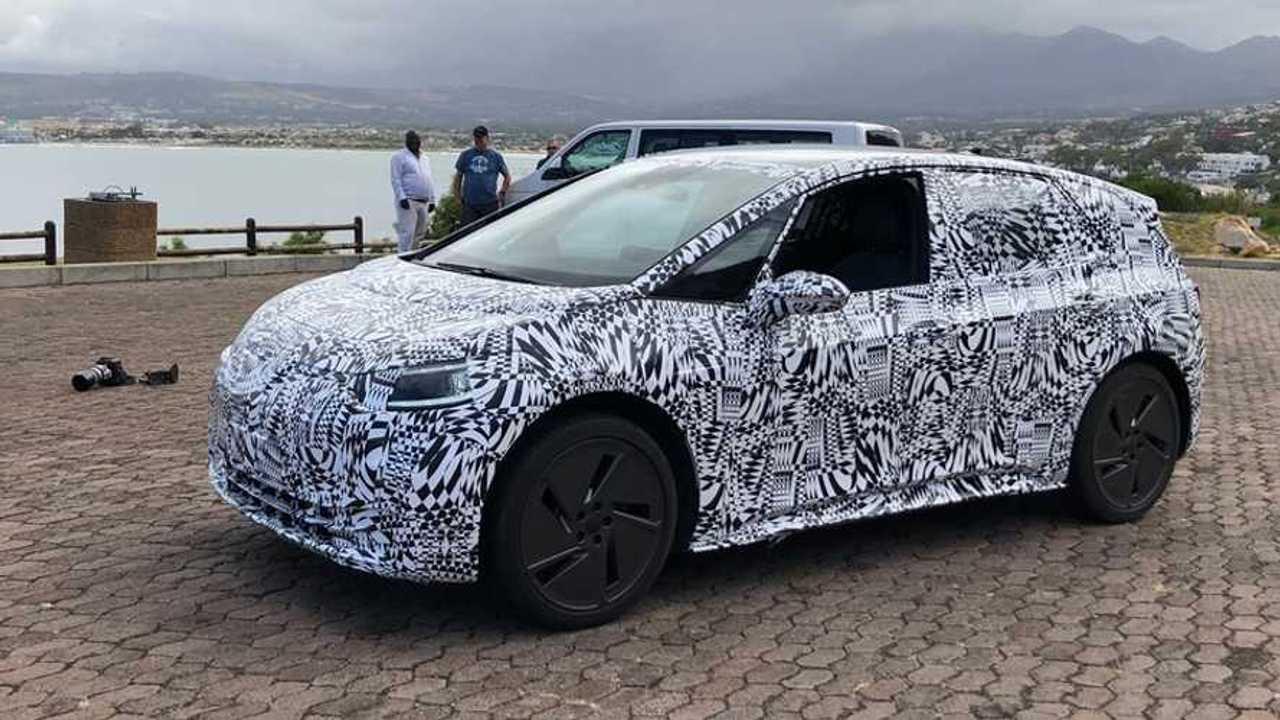Volkswagen I.D. Hatchback İlk Casus Fotoğrafı