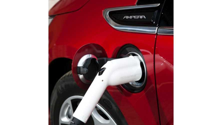 Vauxhall Ampera Teams Up With UK Government To Provide Free Charging Stations