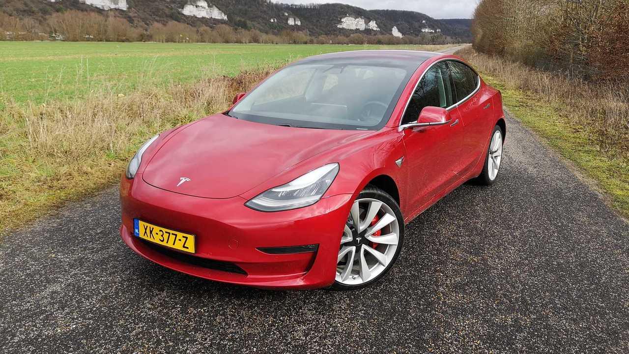 Essai Tesla Model 3 Performance