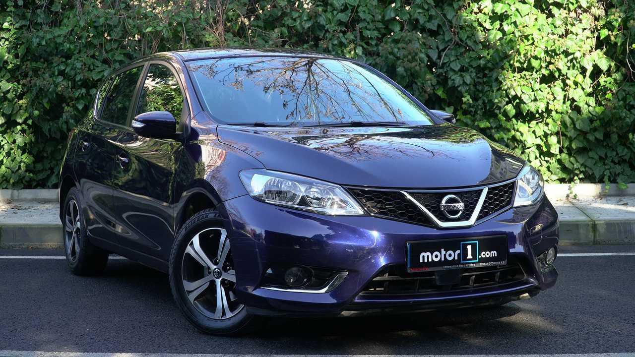 Nissan Pulsar (385 litri)