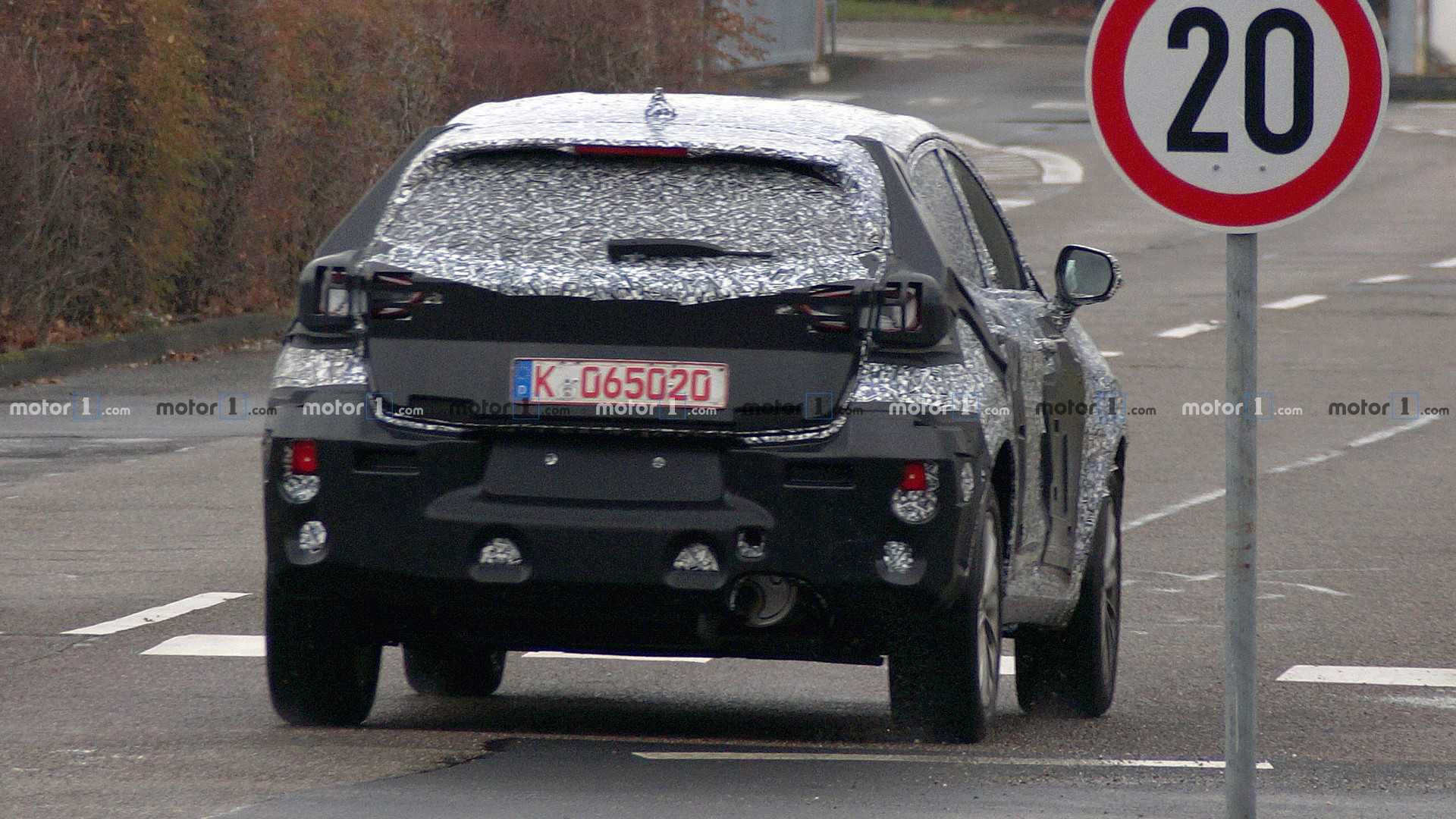 201? - [Alpine] SUV  - Page 20 Mysterious-ford-crossover-prototype-spy-photo