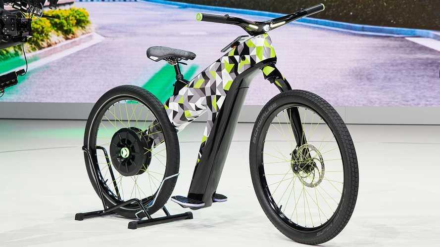 La bicicletta di Skoda è elettrica e senza pedali