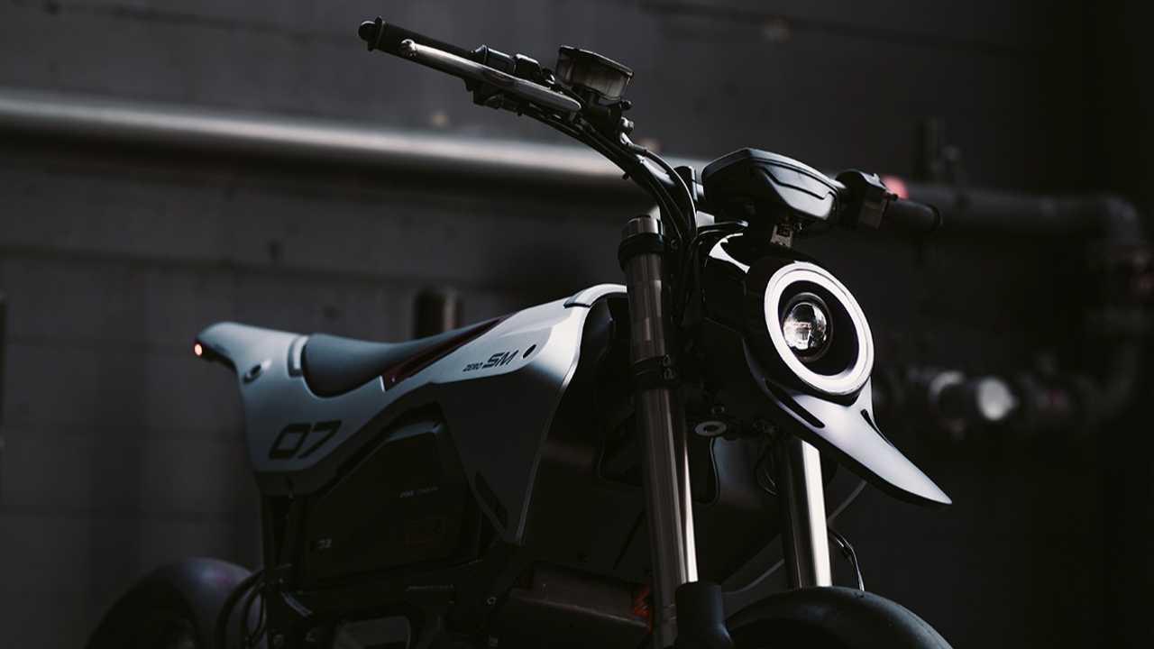 BikeEXIF Reveals Gorgeous Custom Zero Motorcycle