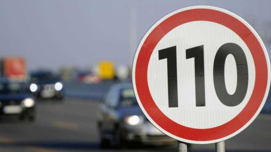 Limite di velocità in autostrada: sarà più basso?