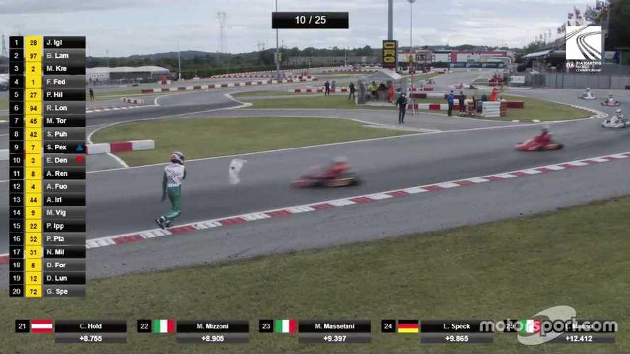 Luca Corberi throws his bumper