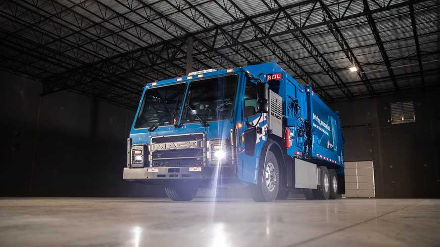 Mack Deliveres Pre-Production LR Electric To Republic Services