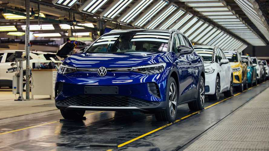 Volkswagen ID.4: New shots from the production line