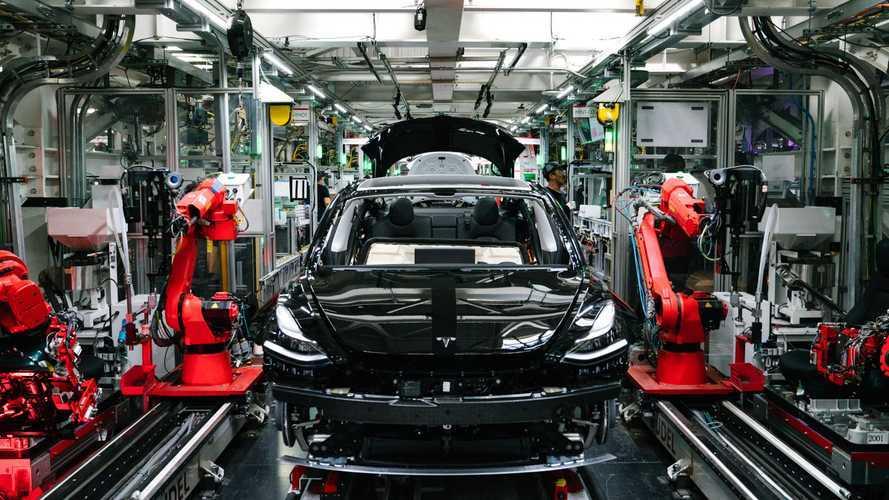 Tesla 2021 ilk üç ayında yine üretim rekoru kırdı